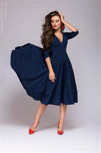 Изображение Платье DM00923DB темно-синее длины миди с глубоким вырезом и рукавами 3/4